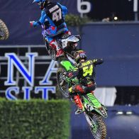 Hahn brothers flying in formation in San Diego (Racers Cudby photo)