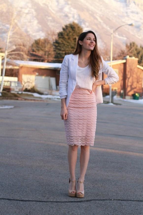 Lace skirt tutorial. Beautiful!