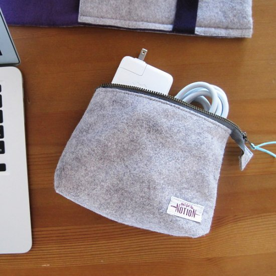 Felt pouch by She's Got the Notion - Sewtorial