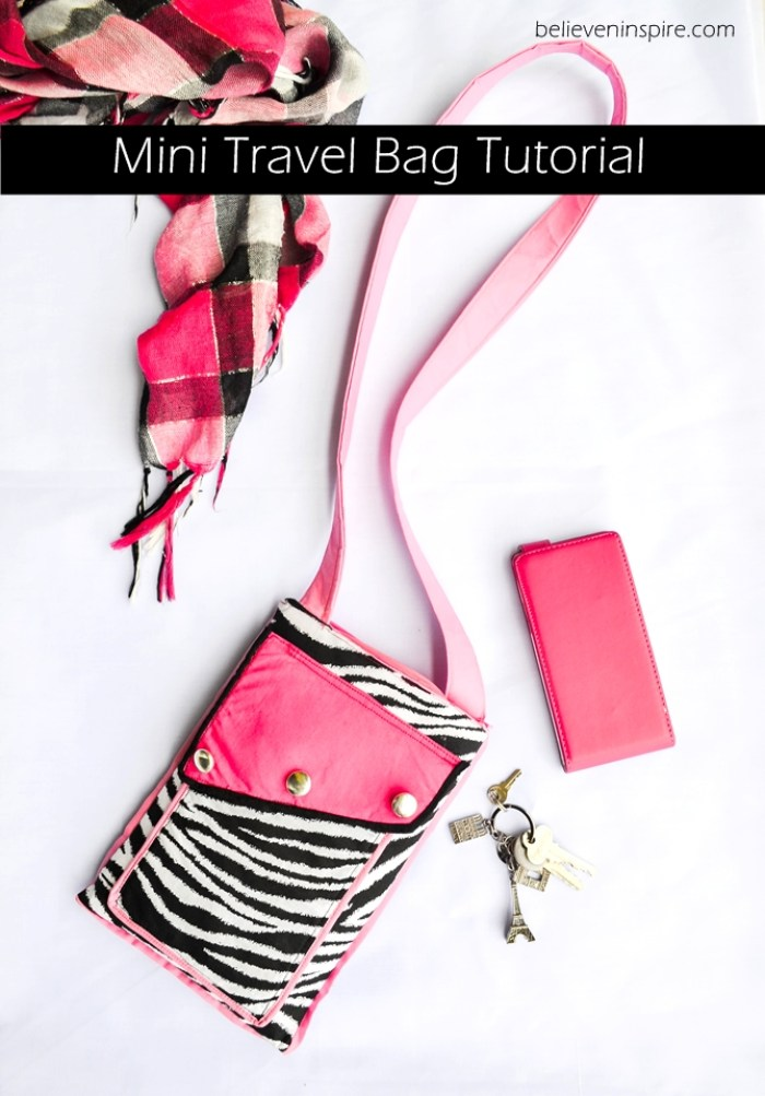 Sew Can She shares a fun mini travel bag tutorial that you'll love. Keep your essentials close without the bulk of a large bag. - Sewtorial
