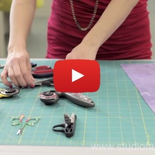 In this cutting fabric video by Studio Fabricana you'll learn the variety of tool options available as well as tips on how to properly cut your fabric.