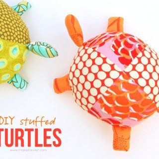 Yay fun! Sometimes it's the little things that make you smile like these stuffed fabric turtles by Make It Love It. Perfect for little hands. -Sewtorial