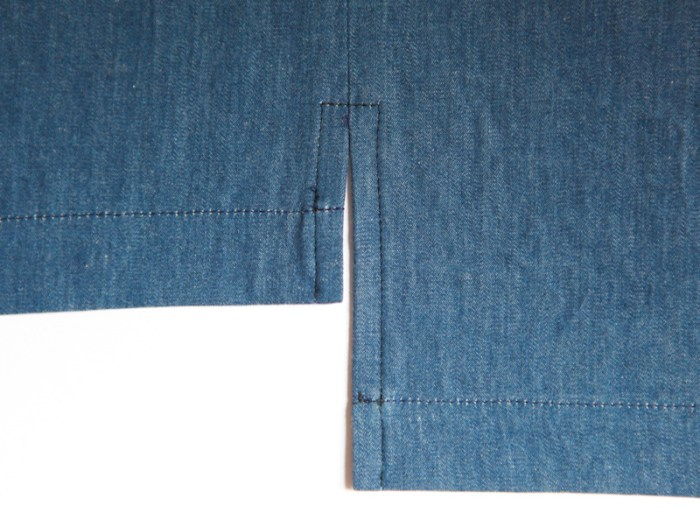 Learn how to create a side seam slit in this detailed tutorial (great pics, too!) by Sew Mama Sew. -Sewtorial