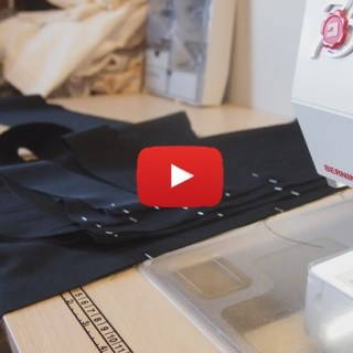 Chaining in sewing is great way to reduce project time and save on thread clipping. This video by Grainline shows how simple the process is. -Sewtorial
