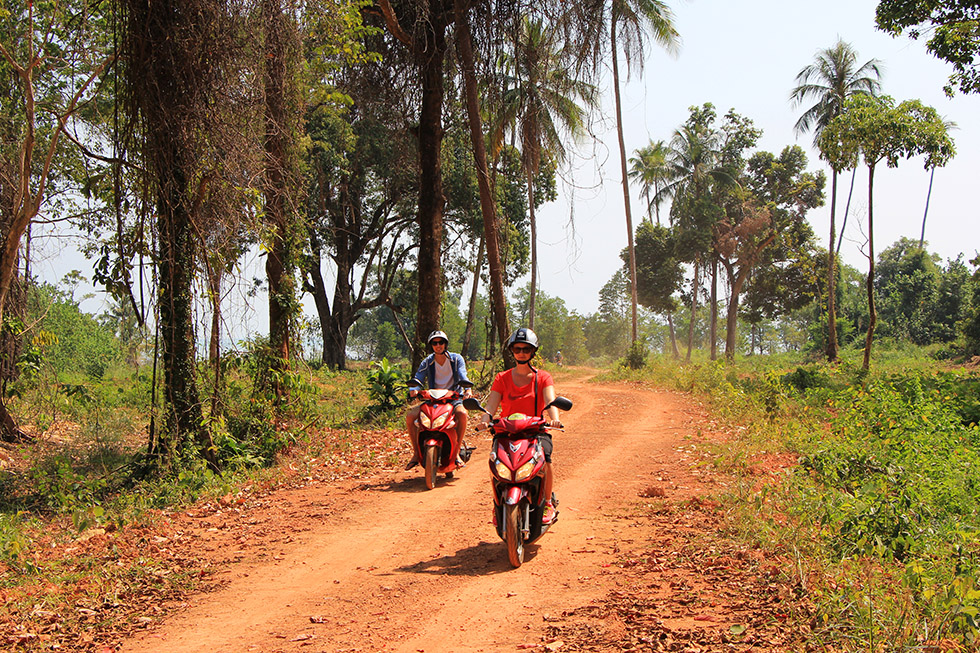 Renting a Motorbike in Thailand? Read This - Go To Thailand