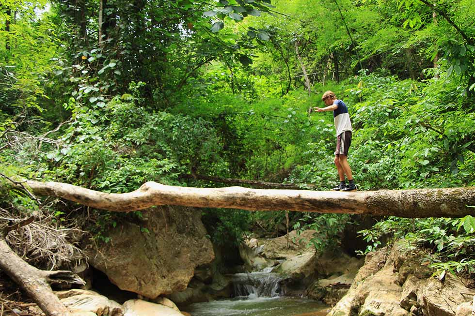 Pathway to Hua Chang Waterfall in Pai