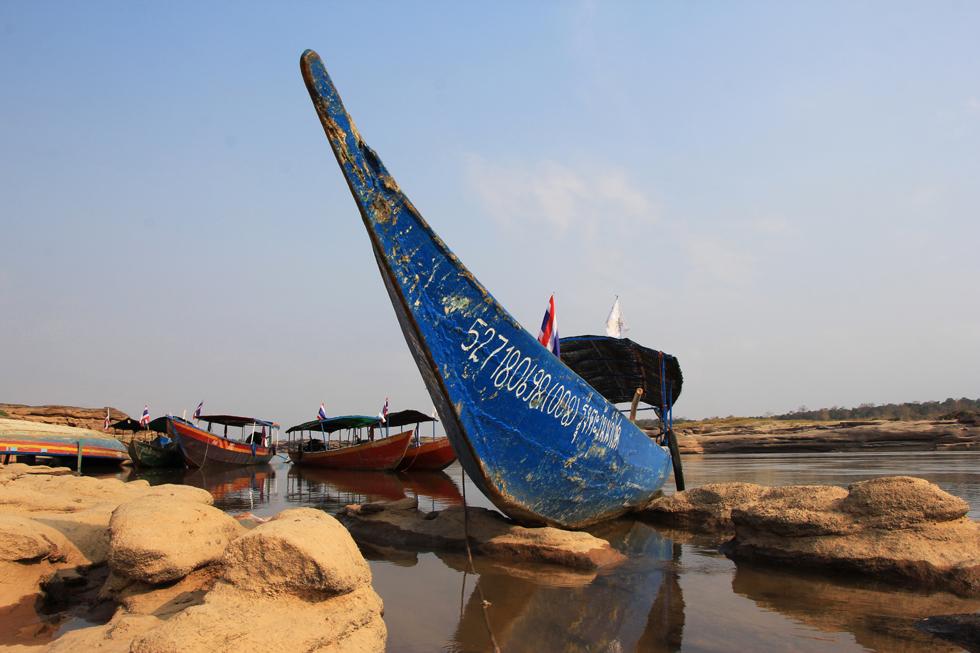 Long-tail boat in Sam Phan Bok Canyon