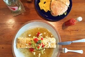 Burrito-time at Cafecito in Pai