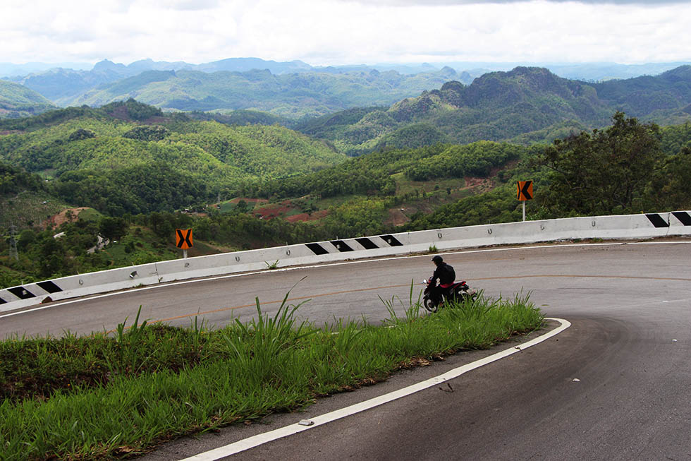 Driving the Mae Hong Song Loop