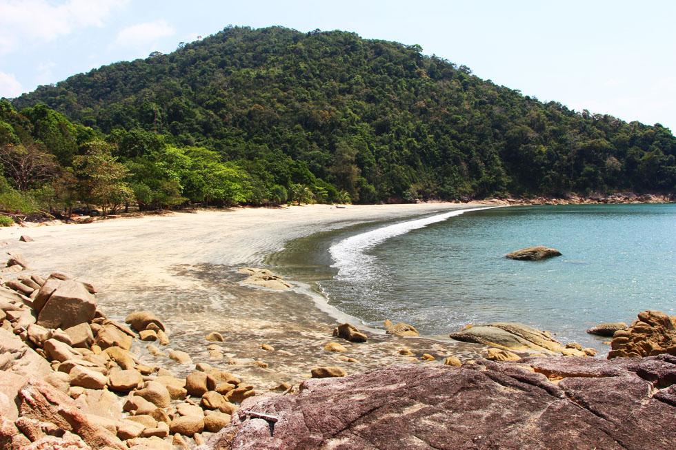 The empty Ao Kai Tao Bay
