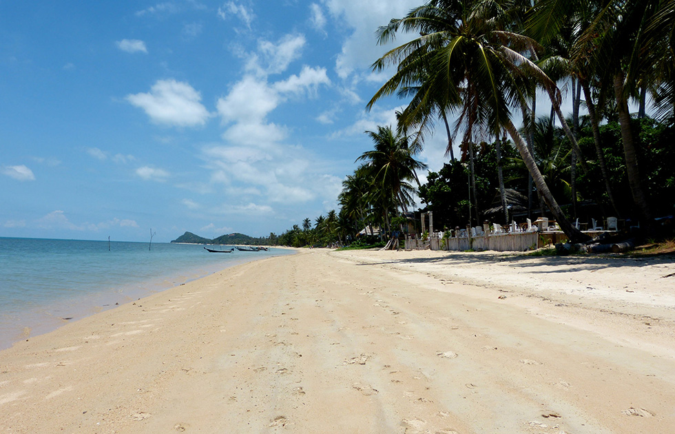 Empty beaches of Lipa Noi