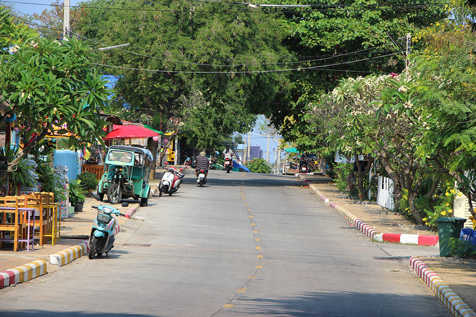 The streets of Koh Si Chang