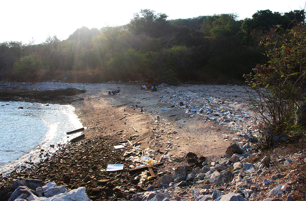 Unfortunately some beaches of Koh Si Chang are full of rubbish