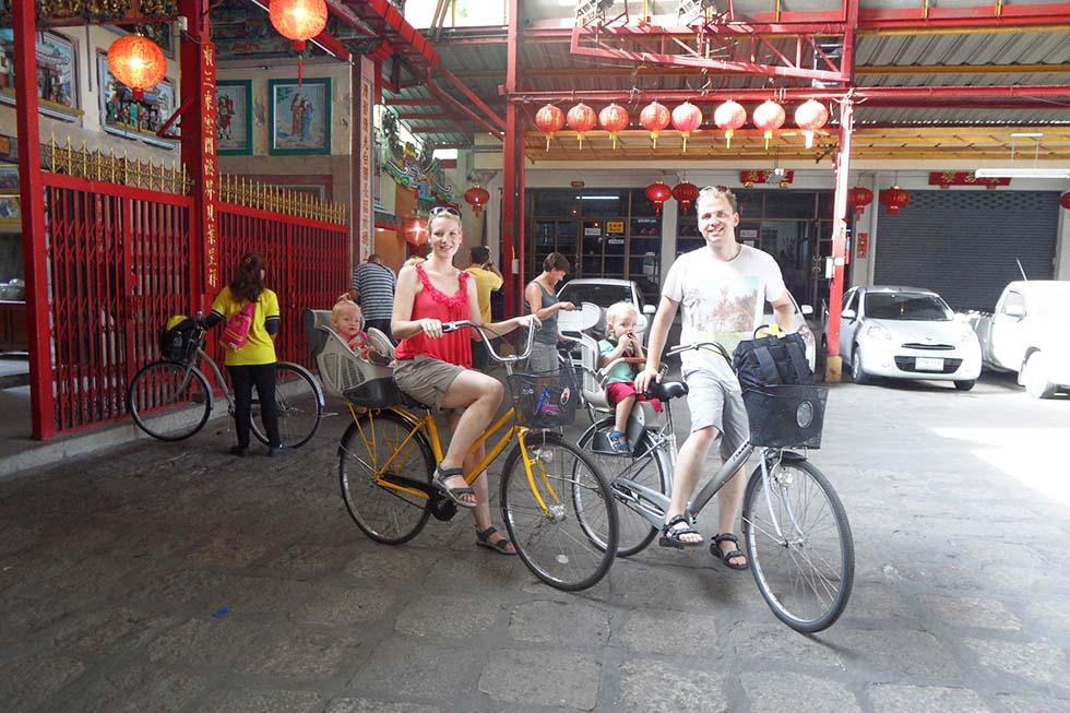 Cycling in Bangkok - Thailand with kids