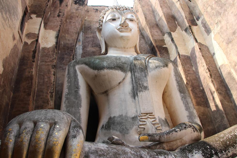 Wat Si Chum in Sukhothai