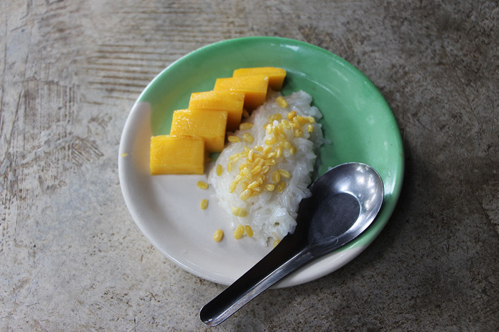 Self-made mango sticky rice - Cooking class in Chiang Mai