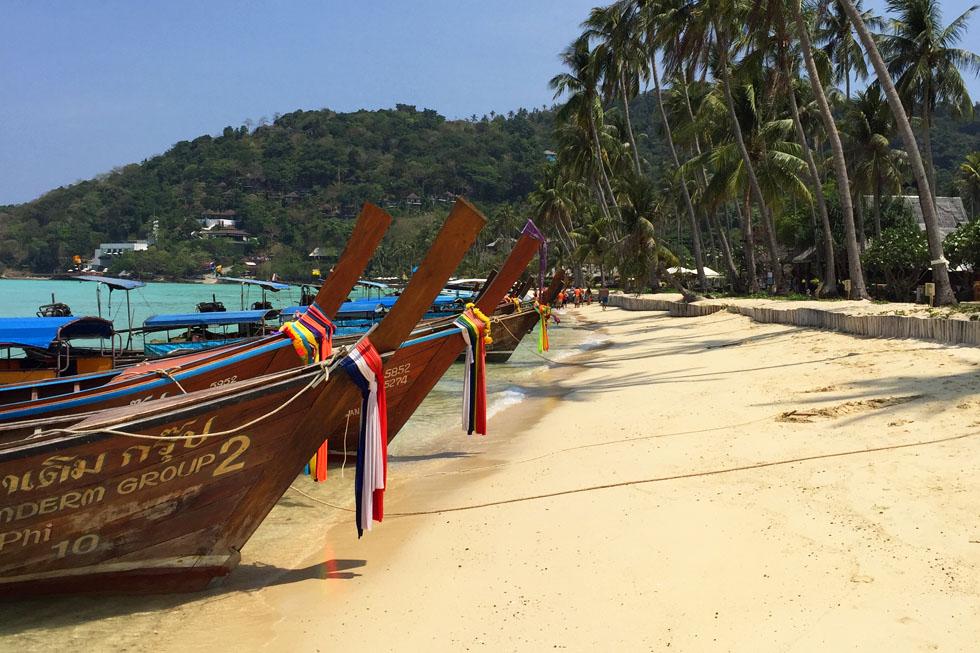 Ao Lo Bakao in Koh Phi Phi