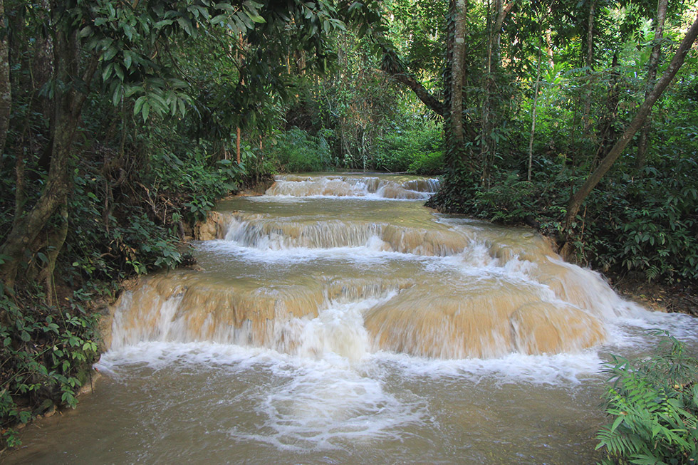 Sri Sangwan Waterfall in Chiang Dao