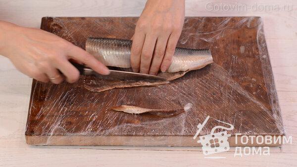 Πώς να ξεφλουδίσετε γρήγορα μια ρέγγα σε φιλέτο χωρίς οστά φωτογραφία για τη συνταγή 3