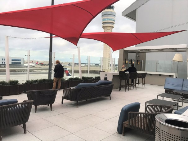 Delta Skylounge Hartsfield F Terminal Outdoor patio