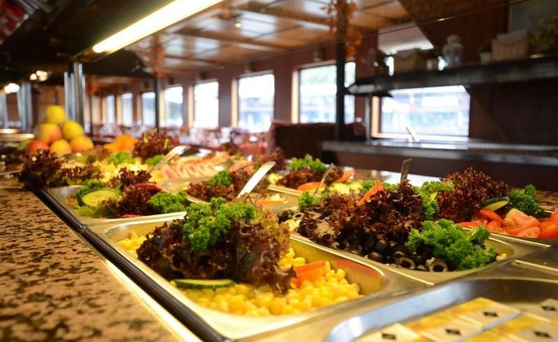 Prague Lunch Cruise with Hotel Transfers