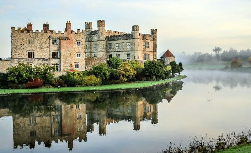 Leeds Castle, Canterbury, and Dover Day Trip from London