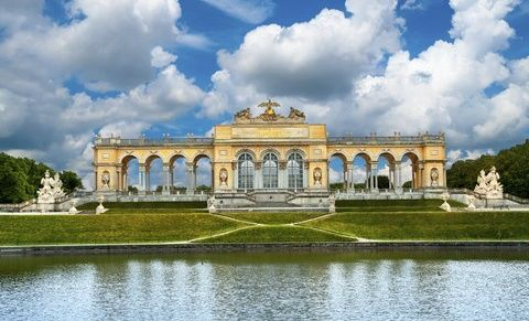 14-Day Western, Central and Eastern Europe Tour with Airport Shuttle Service