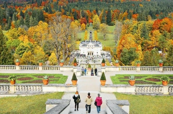 Neuschwanstein and Linderhof Castle Tour from Munich incl. Admission Fees