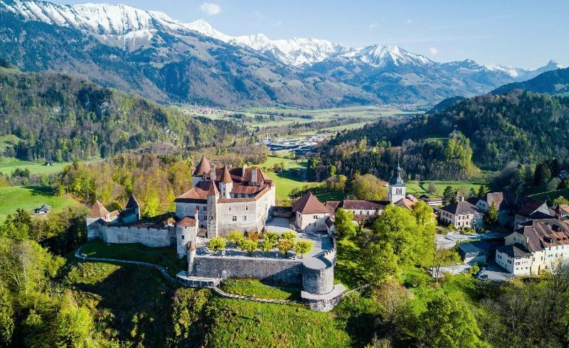 5-Day Swiss Capitals Tour from Zurich
