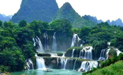 3-Day Ba Be Lake - Ban Gioc Waterfall Group Tour