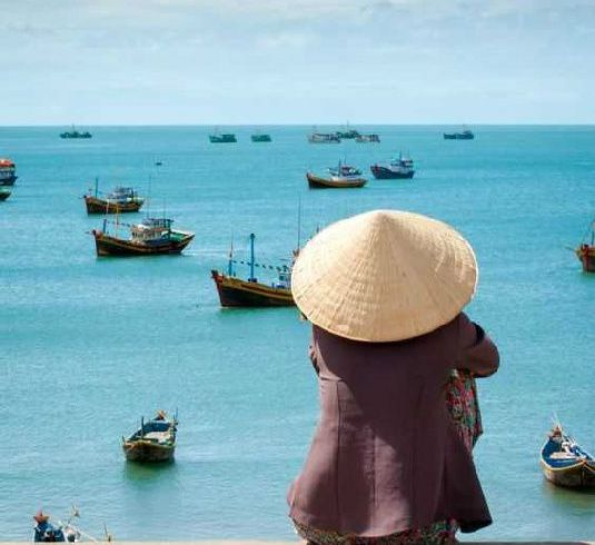 9-Day Vietnam Beach Relaxation Tour From Hanoi. Mui Ne is listed in top 20 idyllic beaches among Asia and results as the perfect place for adventurers who can enjoy activities such as kite-surfing, windsurfing or sand-boarding on its very famous sand dunes.