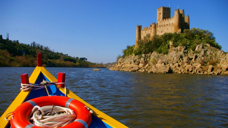 Tomar and Almourol Castle Private Tour from Lisbon