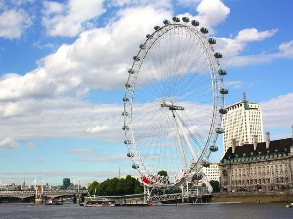 Complete London Tour with London Eye Tickets