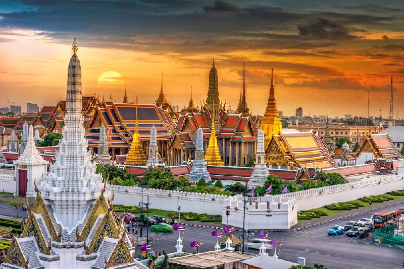 Private Bangkok Tour By Van - Customizable
