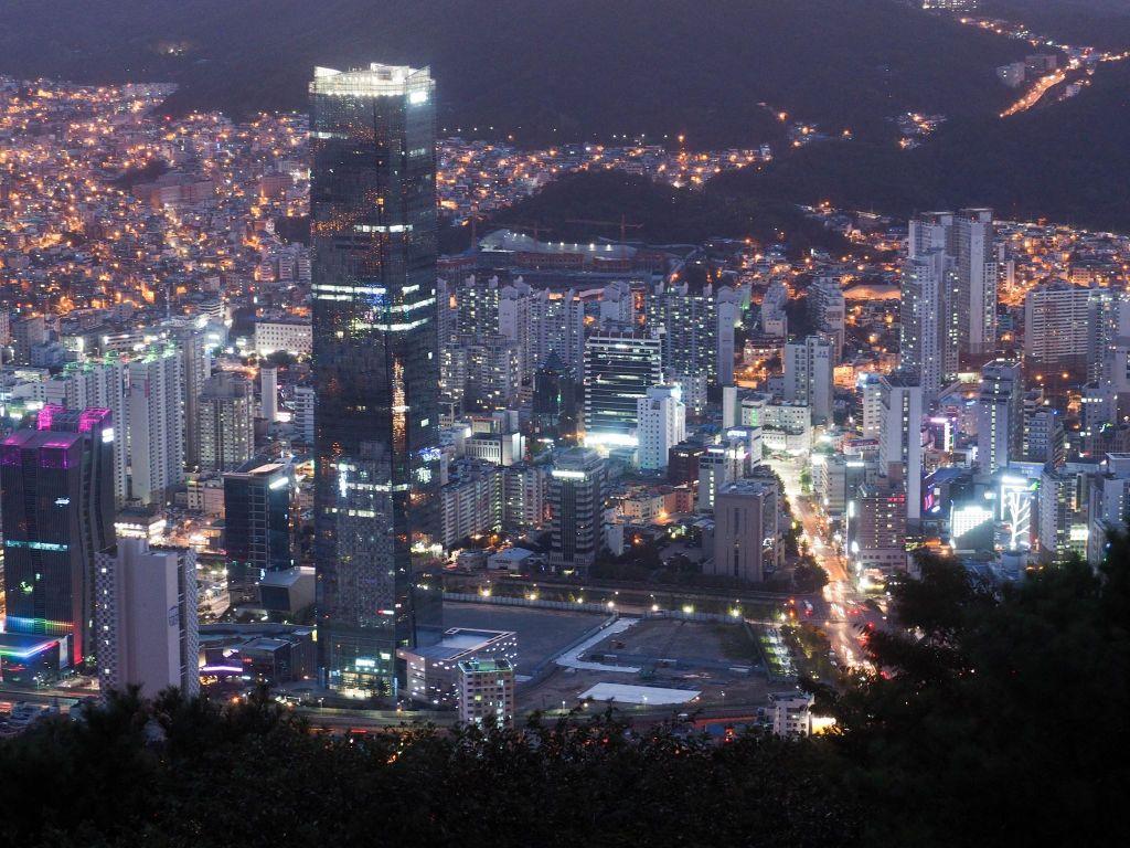 Busan Best Viewpoints #3 - Hwangnyeongsan
