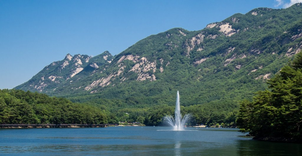 Incredible views around Sanjeong Lake.
