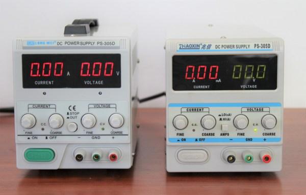 Po lewej stronie znajduje się Long Wei PS-305D, natomiast po prawej Zhaoxin PS-305D