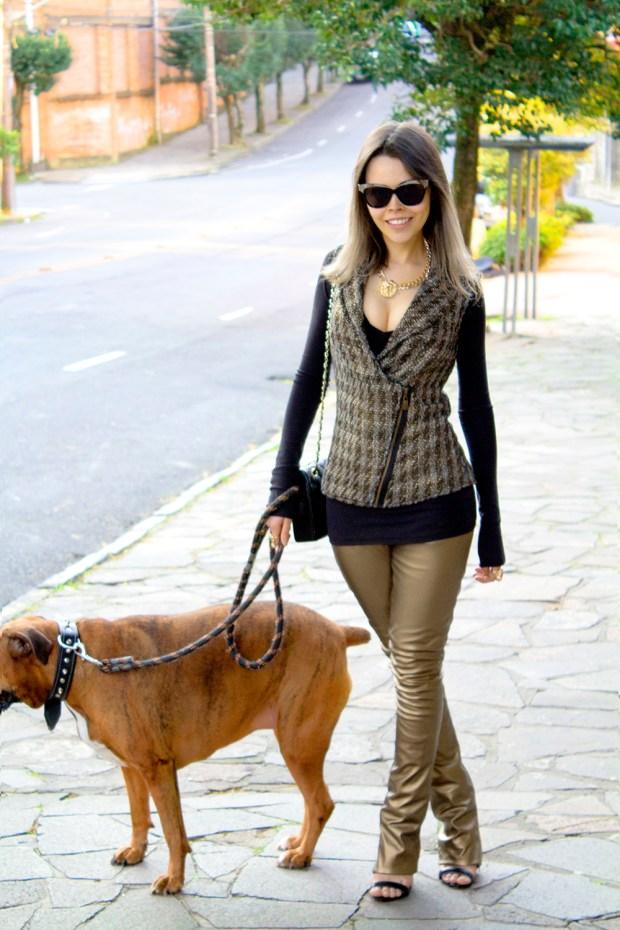 sininhu sylvia santini meu look cabelo curto colete tweed calça de couro dourado preto john john bolsa chanel blog got sin 36