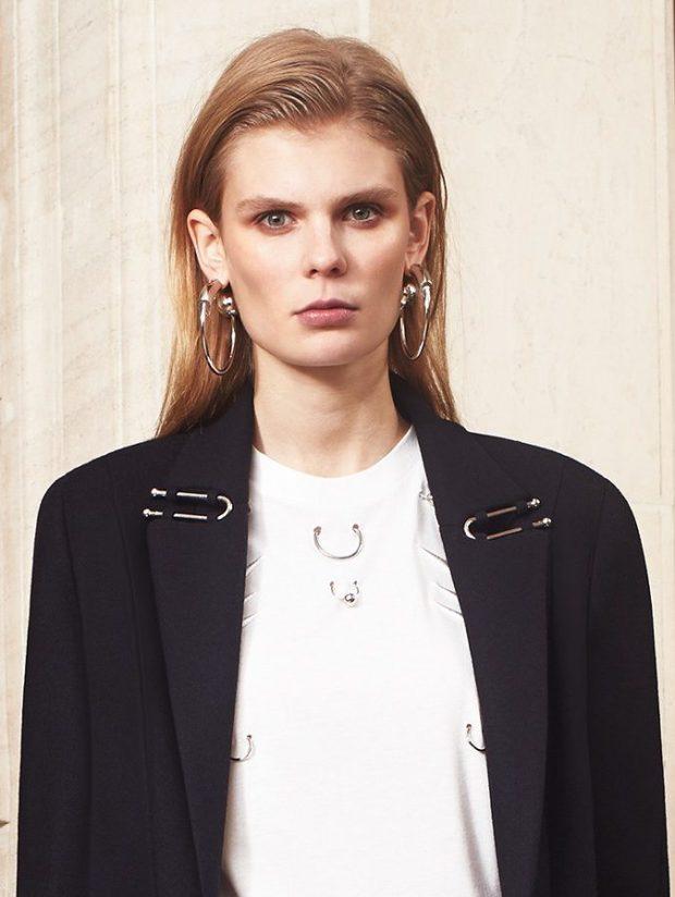 piercing-na-roupa-moda-tendencia-mugler-blog-got-sin-058