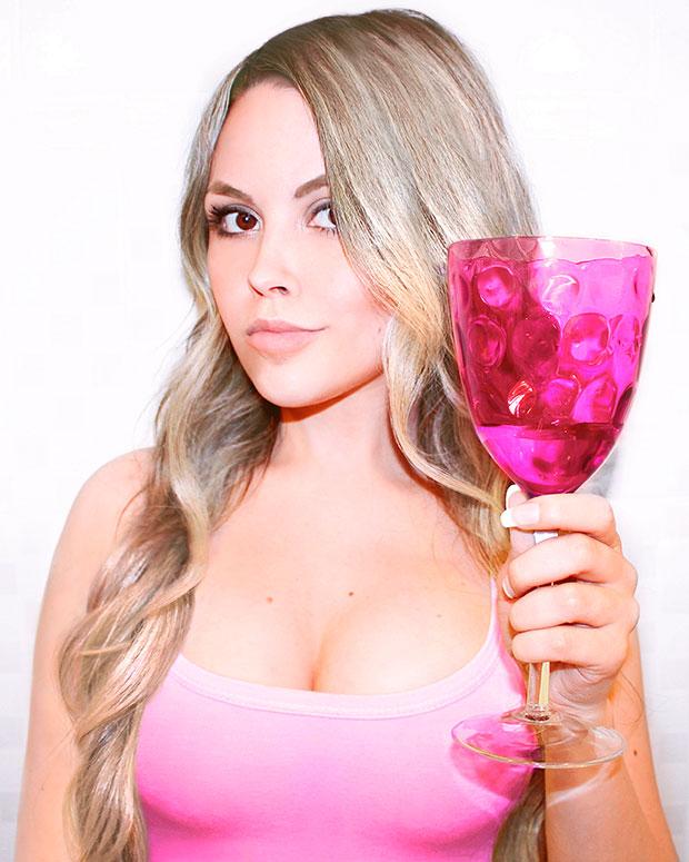 sininhu-sylvia-santini-drink-cheers-blog-got-sin