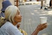 13685193-bangkok-thailand--january-26-2007-elderly-thai-women-begging-on-a-footpath-near-downtown-bangkok
