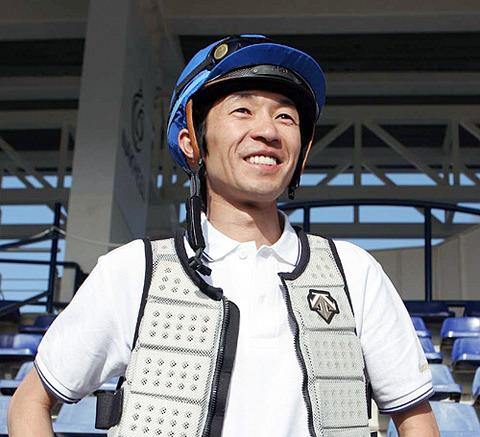 【競馬】メシドール賞(仏G3)をジェニアルで逃げて勝利した武豊さんのインタビュー動画キターーーーーーーー