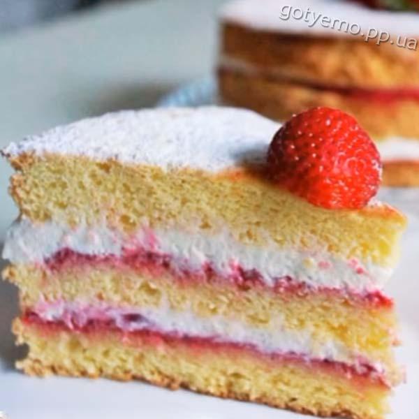рецепт бісквітного торта з полуницею