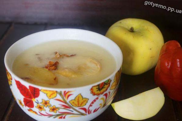Картопляний суп-пюре з яблуками