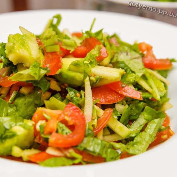 салат зі шпинатом