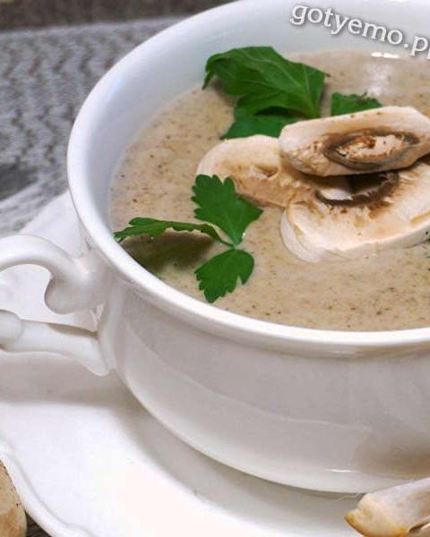 Французький крем-суп із печериць