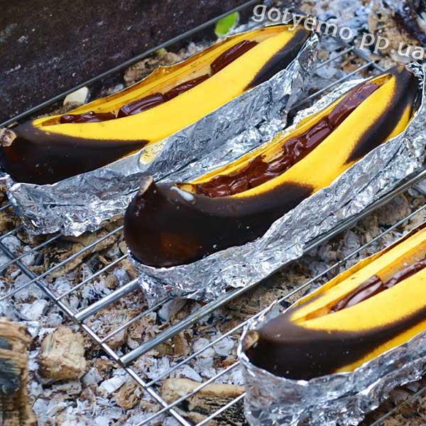 Банани-гриль з шоколадом