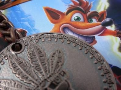 Zoom porte clés Crash Bandicoot bonus pack