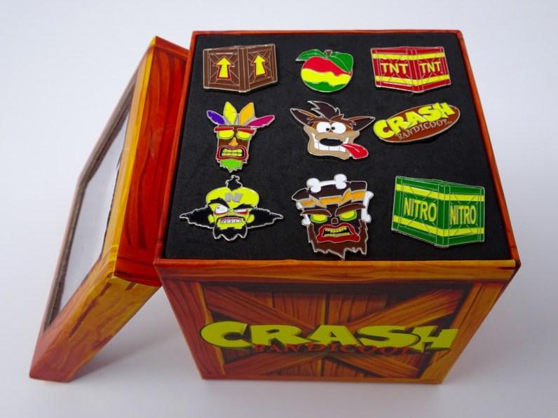 Intérieur set 9 pins Crash Bandicoot