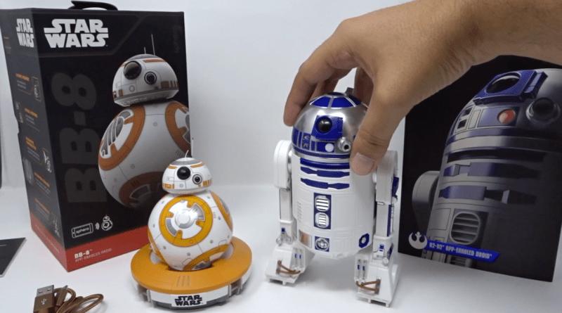 unboxing R2-D2